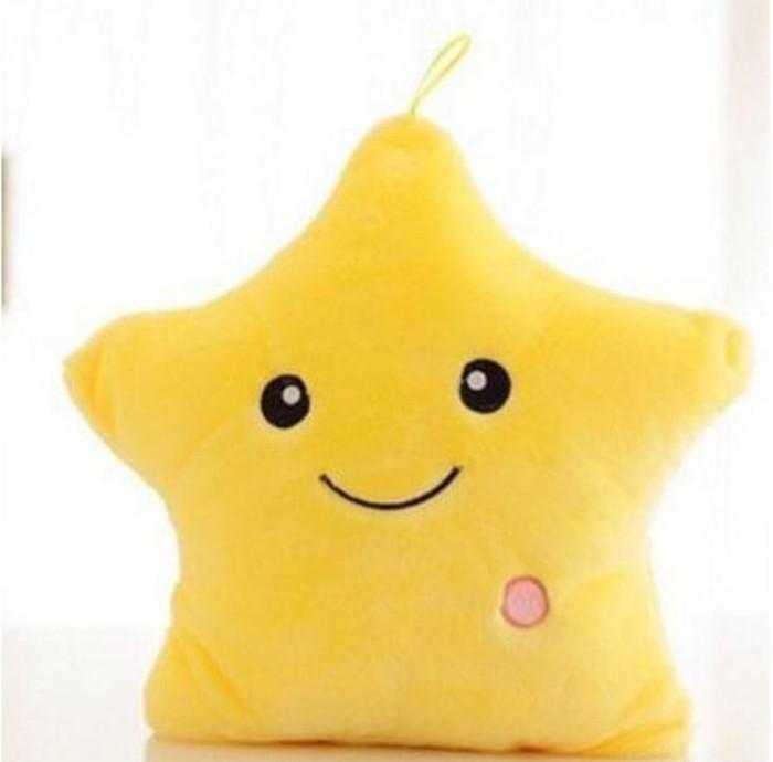 harga Bantal led boneka bintang lampu nyala import warna warni star glow in  Tokopedia.com fb739b388c