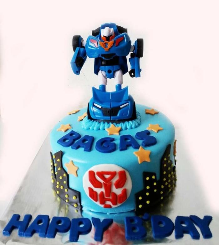 Jual Birthday Cakes Tobot Cakes Custom Transformers Kue Ulang Tahun D16 Kab Tangerang Venesia Cake Bakery Tokopedia