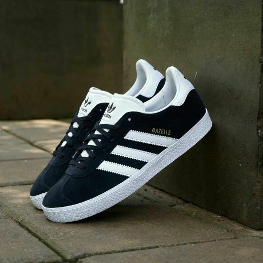 harga Sepatu casual adidas gazelle ii black white original bnwb! Tokopedia.com
