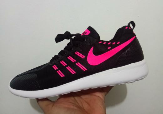 ... harga Sepatu wanita nike free running women   senam   zumba   kado cewek  Tokopedia. b3bd03672e