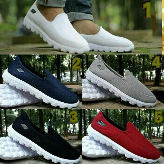 Jual Sepatu Skechers Go Walk Slip On Slop Shoes Sketcher Cowok Cowo ... 6da4429a57