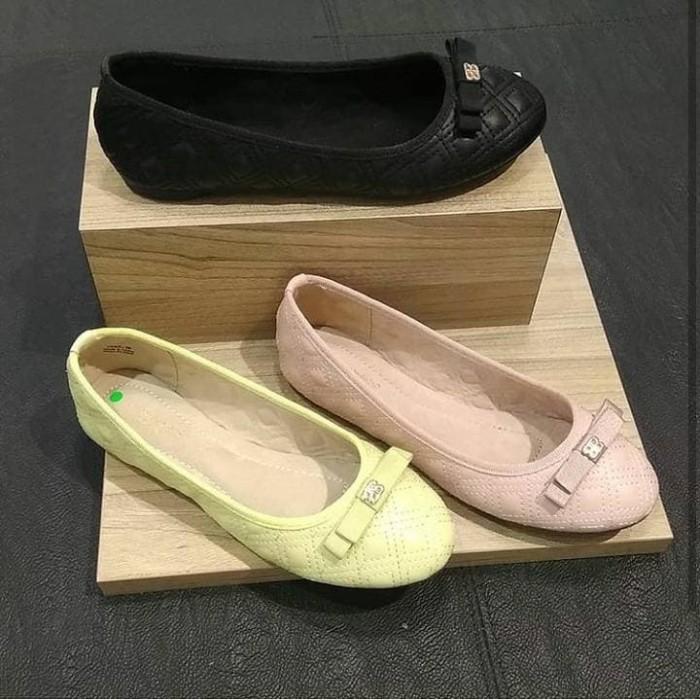 harga Sepatu wanita urban n co original yake Tokopedia.com