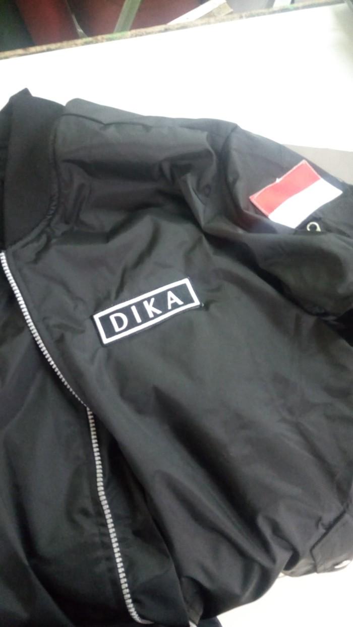 Jual Jaket Bomber Custom Premium Waterproof Tulisan Bordir Atau Emblem