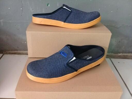 harga Sepatu sandal/bustong/converse/slip on/sneakers/skechers/pria Tokopedia.com