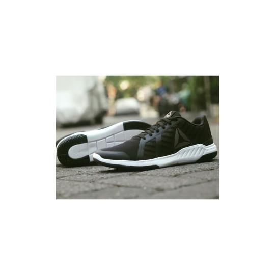 0fcffcaee15 Reebok Everchill Tr Sepatu Pria Navy - Info Daftar Harga Terbaru ...