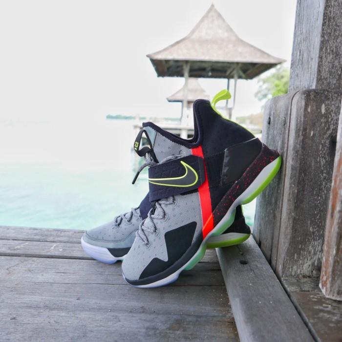 buy online 11d08 86736 Jual Sepatu Basket Nike Lebron 14 Out Of Nowhere - Kota Tangerang - shoe-B  basketball | Tokopedia