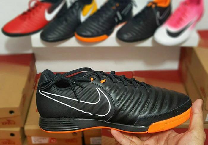 b405f12885620 Jual Sepatu Futsal Nike Tiempo Legend 7 Academy IC - Hitam, 44 -  sportspalembang | Tokopedia