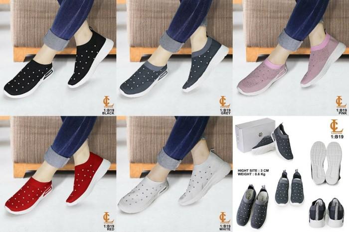 harga Sepatu merek lincon seri b19 Tokopedia.com