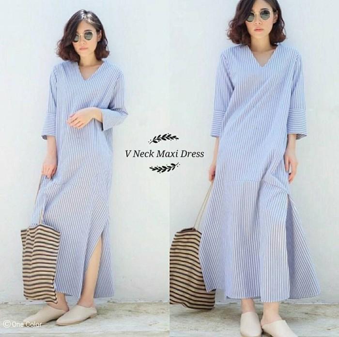 Foto Produk Long Dress V neck maxi salur good quality fit to L besar dari Megumi Store