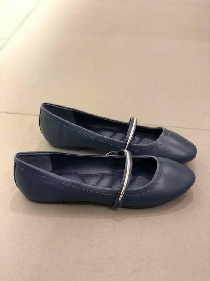harga Sepatu flat vincci ori murah / sale vnc flatshoes new arrival ori Tokopedia.com