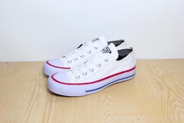 ... (Bisa Bayar di tempat). Source · PROMO SPESIAL Sepatu Converse All Star White/Putih Grade Ori Termurah