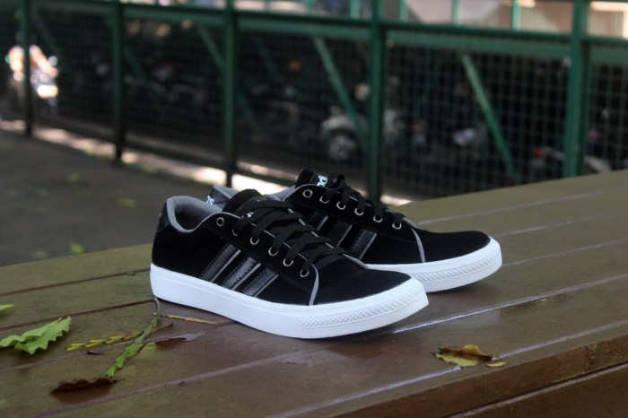 Jual Sepatu Adidas Derby Sneaker Bagus Buat Sekolah Dan Main
