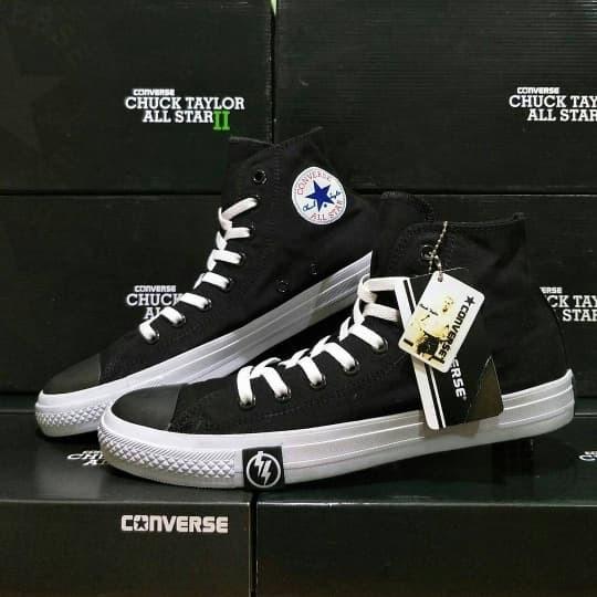 harga Sepatu converse ct ox high   sepatu kets sekolah casual   couple gaya  Tokopedia. f92bf423be