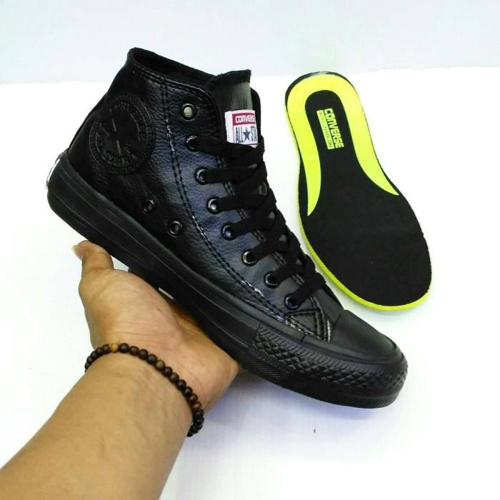 ... harga Obral sepatu pria snaekers murah converse all star kulit high for  man Tokopedia.com dd0ac5a0b3