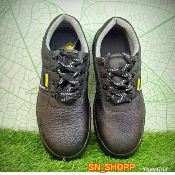 ... Krisbow Sepatu Pengaman Safety Shoes Arrow 4 - Blanja.com ... 39f467a668