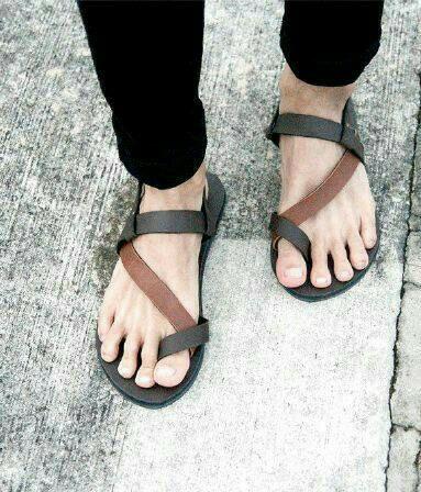 harga Sandal pria / sandal gladiator pria / sandal pria kulit Tokopedia.com