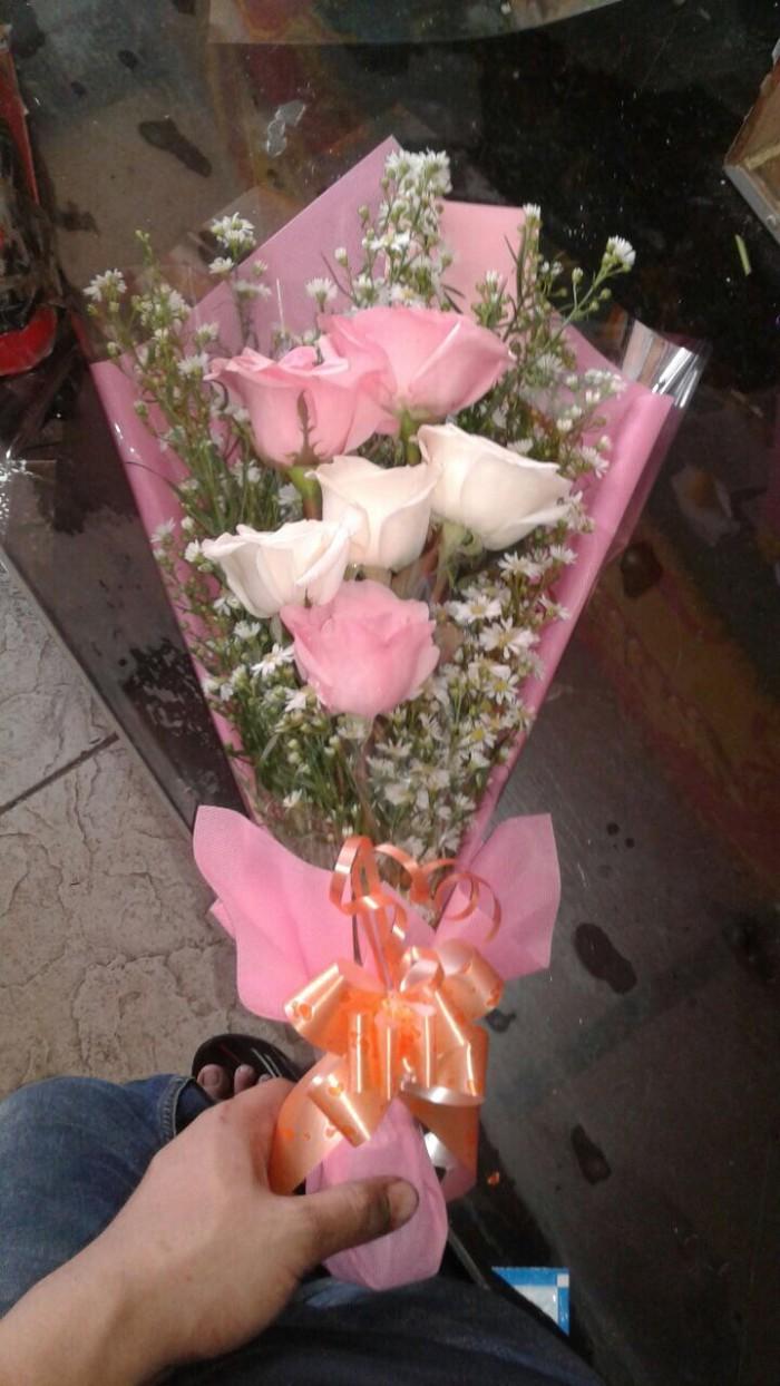Jual Bunga Mawar Untuk Wisuda Buket Bunga Wisuda Jakarta Timur Toko HRP