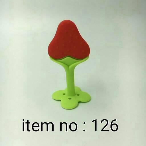 IQ Baby Teether Grape Strawberry Gigitan Anggur Gigitan Bayi Stroberi