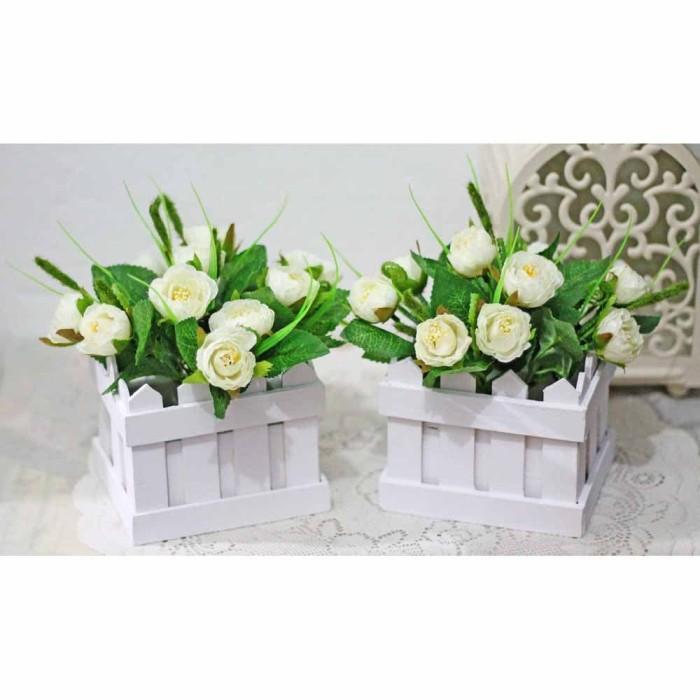 harga 1 set isi 2 bunga plastik hias artificial pot pagar kecil mawar 15-2 Tokopedia.com