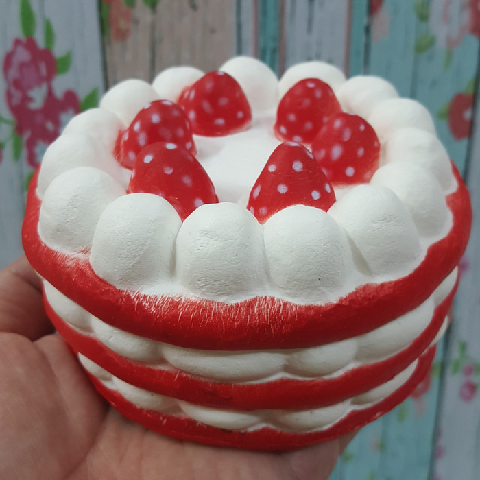 Foto Produk PROMO SQUISHY MURAH MAINAN ANAK STRAWBERRY BIRTHDAY CAKE KUE SKUISI dari namirafaza