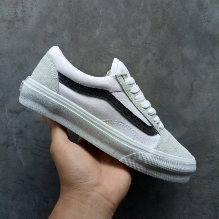 31fcc9833f9183 Sepatu Vans Oldskool White Strip Black Kualitas Premium Berkualitas