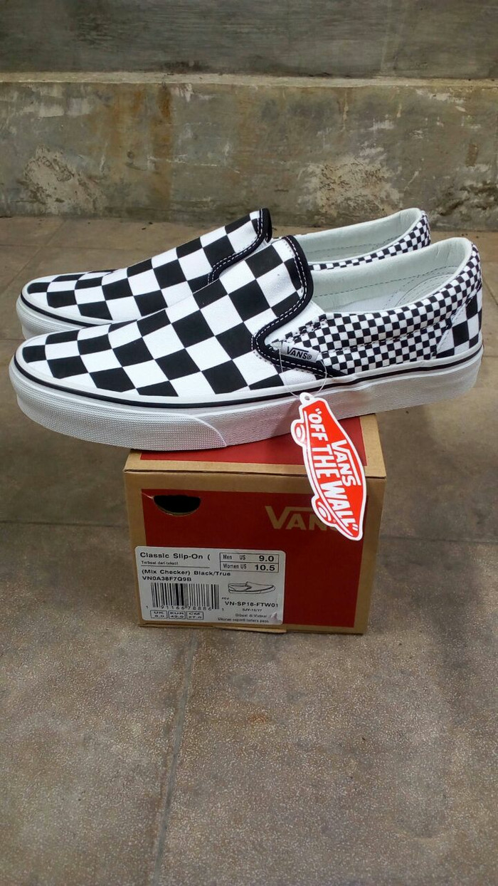 harga Sepatu pria   wanita vans slip on mix checkerboard original bnib!  Tokopedia.com af903c1c50