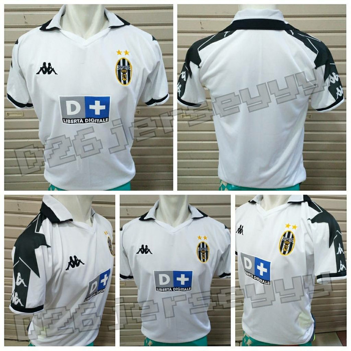 promo code 6180a bfb68 Jual Jersey RETRO Juventus Away 1998 / 1999 OFFICIAL - DKI Jakarta -  D26Jersey | Tokopedia