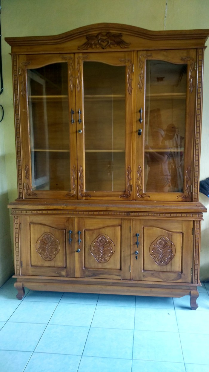 Jual Bufet Furniture Lemari Koleksi Pajangan Kayu Jati 3 Pintu Kab Tangerang Auliahouse