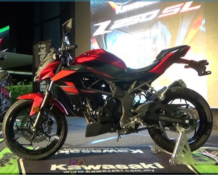 Jual Kredit Motor Kawasaki Z250 Jabodetabek Mengkudu Motor