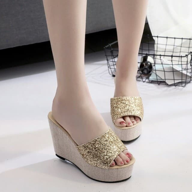 Sepatu wanita wedges glitter selop adl 1207 gold termurah terbaru .