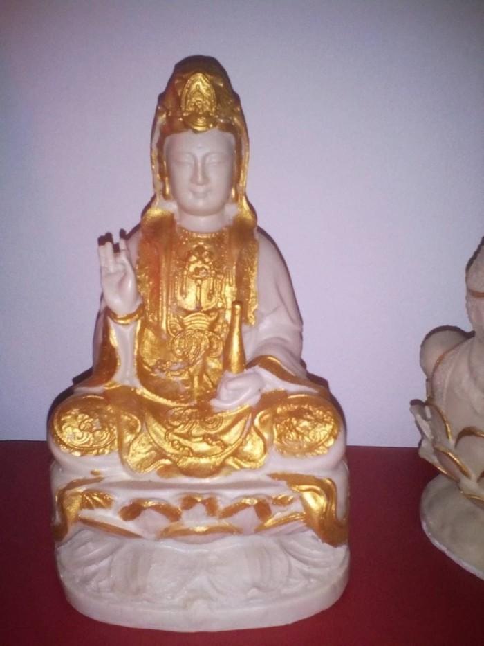 harga Patung dewi kwan im (kuan yin) bersila memegang kendi diatas lotus 7 Tokopedia.com