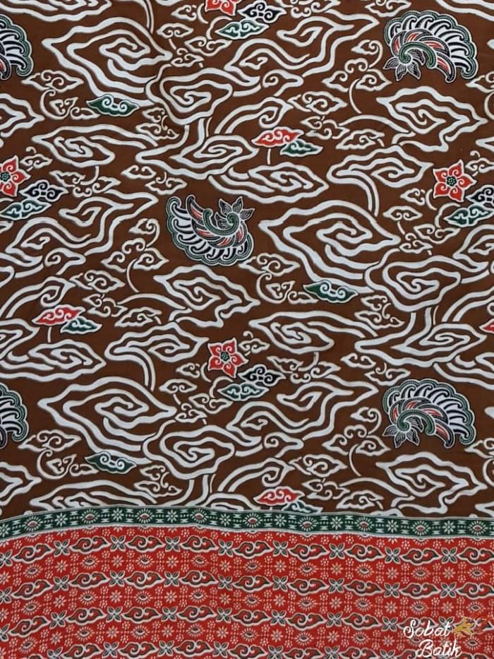 ... harga Kain batik semi sutra motif mega mendung 60901 cokelat  Tokopedia.com 11a886ac49