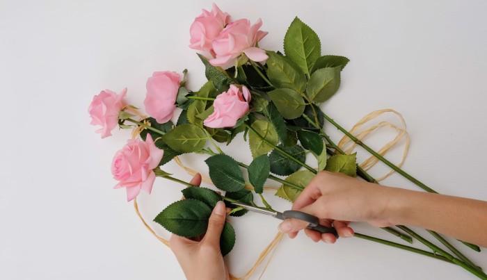 harga Mawar real touch pink Tokopedia.com