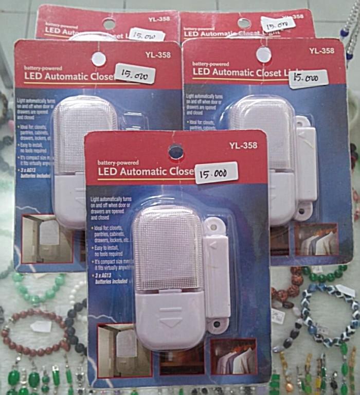 ... Lampu Lemari Otomatis YL 358 LED Automatic Closet Light