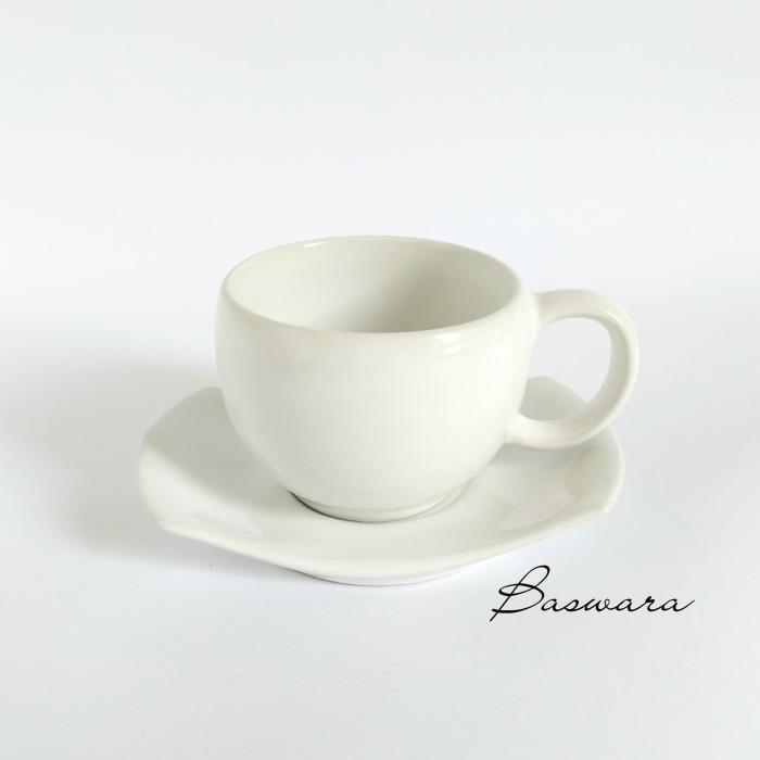 harga Cangkir gelas mug kopi teh saucer lepek unik teacup keramik Tokopedia.com