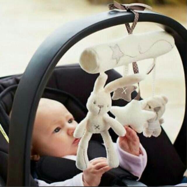harga Mainan gantungan boneka rattle stroller box bunny rabbit mamas papas Tokopedia.com