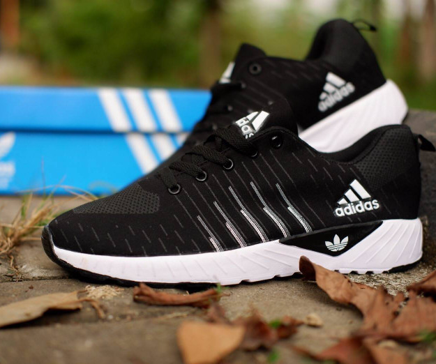 harga Adidas Zoom Black White / Hitam Sepatu Adidas Gym Couple Kado Keren Blanja.com
