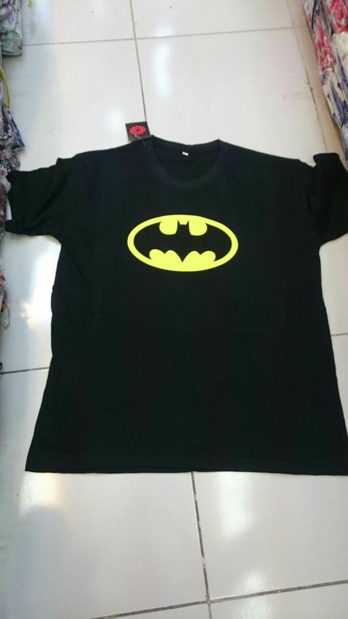 Baju kaos logo batman putih m