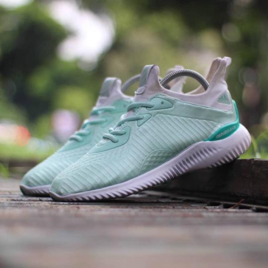 Sale Shoes J81u71 Sepatu Adidas Alphabounce Tosca Cewek Wa Lokal Import  M0m91 be9a1b686f
