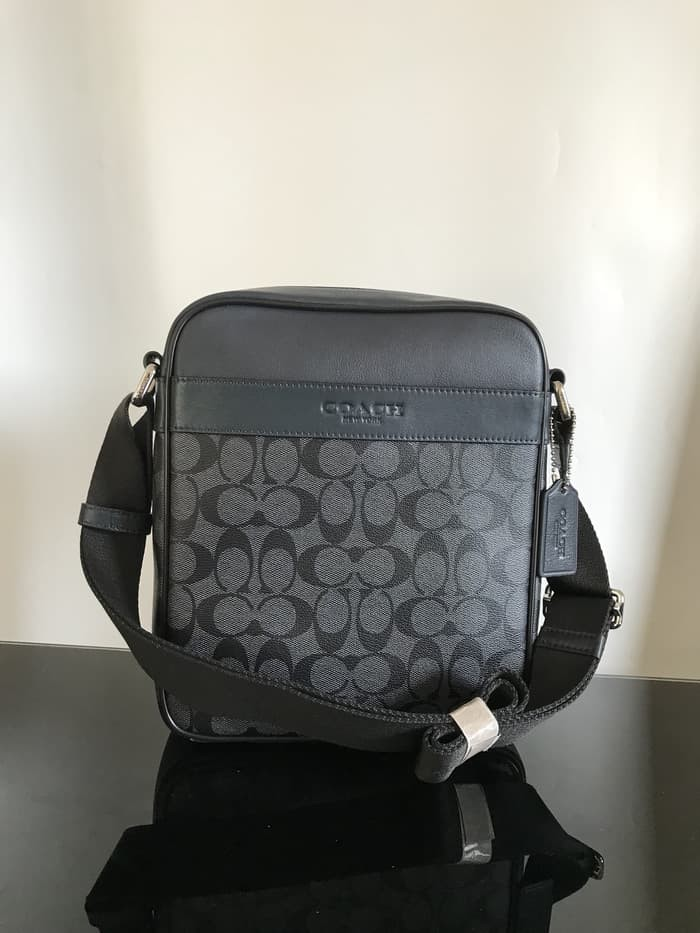 Jual Coach Coach Flight Messenger bag black tote tas wanita shoulder ... e84179f1d5