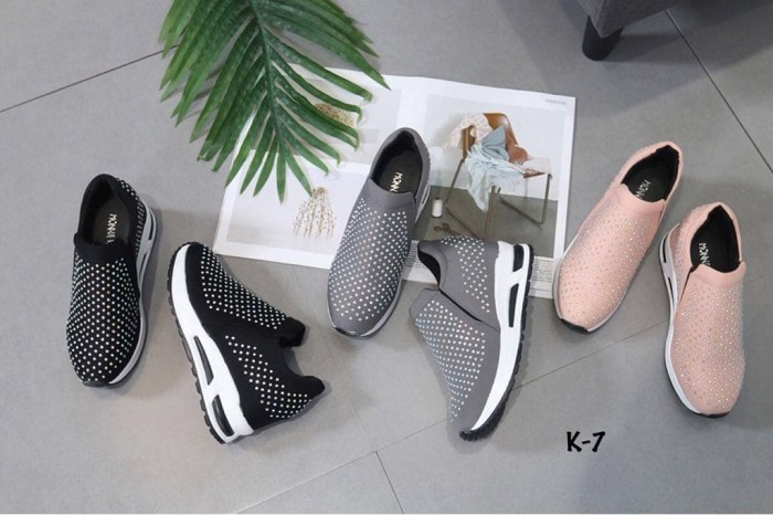 harga Monna vania osellina k7 | sepatu wanita | sepatu import | sepatu brand Tokopedia.com