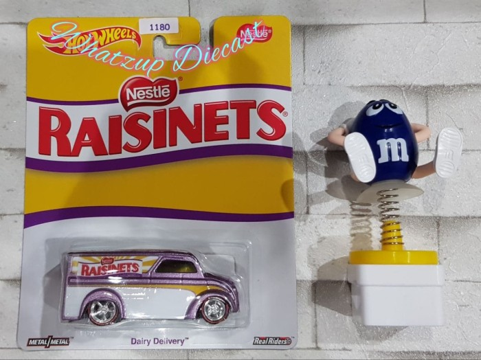 harga Hot wheels dairy delivery (raisinets nestle) - ban karet & base besi Tokopedia.com
