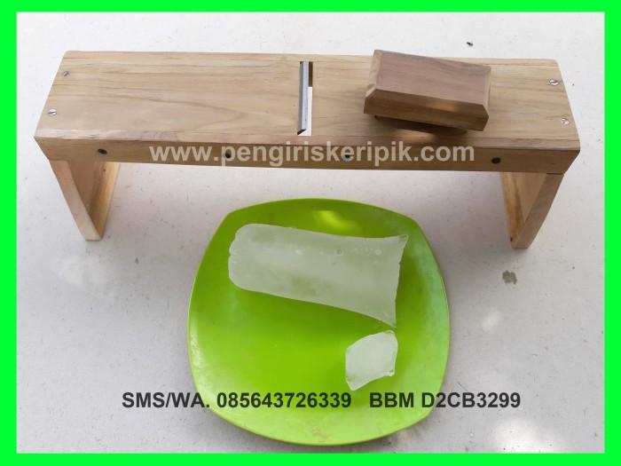 harga Alat serut es batu mini dari kayu jati Tokopedia.com