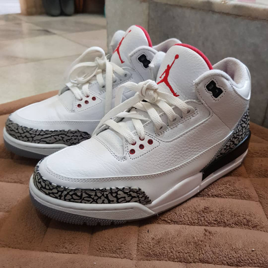 online retailer a850b e5ba3 Jual Nike Air Jordan 3 Retro OG White Cement 88 - Kota Bandar Lampung -  LennethStore   Tokopedia