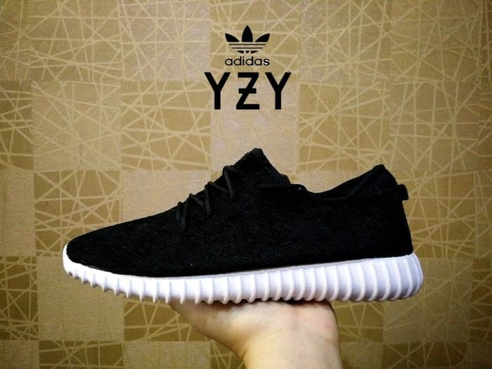 Jual Sepatu Adidas Yeezy Hitam Putih 350 Boost Grade Ori Hitam Sol