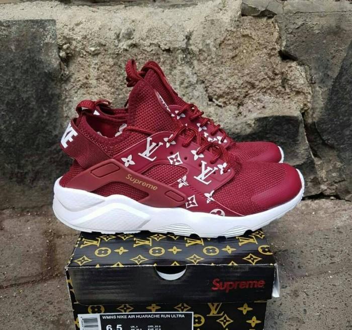 san francisco 12ade 45a99 Jual Sepatu Nike Air Huarache LV x Supreme - Maroon - DKI Jakarta - Faed  Shoes | Tokopedia