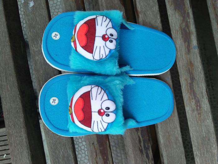 Jual Sandal Doraemon Micky Mouse Hello Kitty Kota Bandung Serba Serbi Di Jual Tokopedia