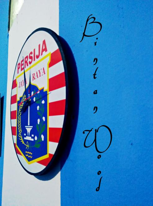 jam dinding kayu klub bola persija-JAKMANIA- MURAH
