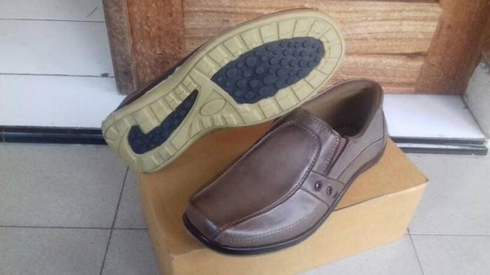 harga Sepatu casual pria pantopel fantofel fantopel pantofel crocodile tatto Tokopedia.com