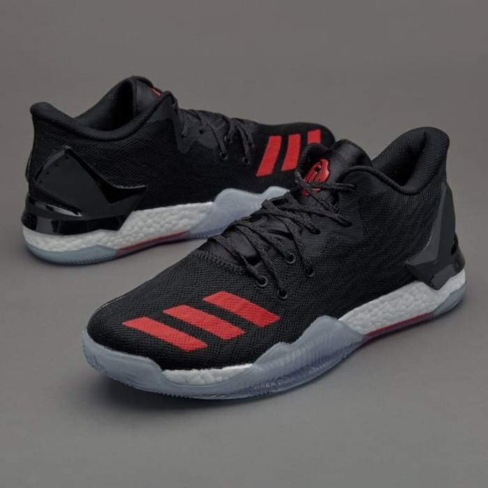 Sepatu basket adidas original D Rose
